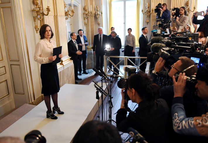 Permanent Secretary of the Swedish Academy Sara Danius announces that Bob Dylan is awarded the 2016 Nobel Prize in Literature during a presser at the Swedish Academy at the Old Stockholm Stock Exchange Building in Stockholm, Sweden, October 13, 2016. TT News Agency/Jonas Ekstromer/via REUTERS ATTENTION EDITORS - THIS IMAGE WAS PROVIDED BY A THIRD PARTY. FOR EDITORIAL USE ONLY. SWEDEN OUT. NO COMMERCIAL OR EDITORIAL SALES IN SWEDEN. NO COMMERCIAL SALES.