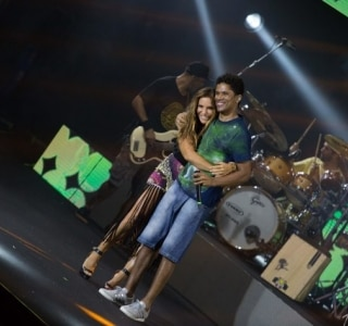 Ivete Sangalo participa de DVD do Natiruts