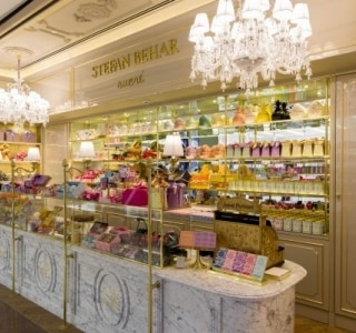 Stefan Behar Sucré inaugura loja com chocolates e doces, no shopping Iguatemi