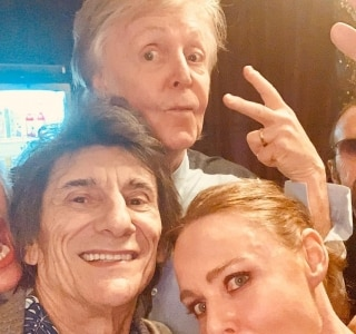 Paul McCartney toca com Ringo Starr e Ronnie Wood em Londres