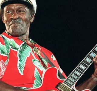 Chuck Berry entrelaçou para sempre a guitarra e o rock and roll