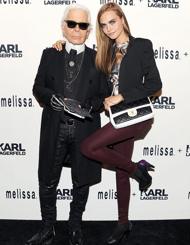 cara_delevingne_melissa_karl_lagerfeld_collaboration_dinner_chanel_bag_hudson_juliette_super_skinny_jeans_in_bordeaux_wax_melissa_karl_lagerfeld_ice_cream_cone_pumps.jpg