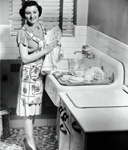 vintage-housewife-dishes-1