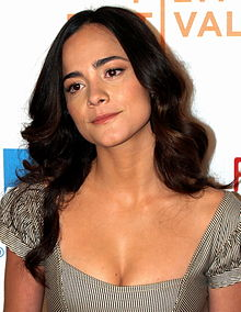 220px-Alice_Braga_at_the_2008_Tribeca_Film_Festival