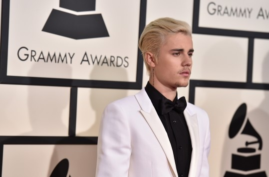 Justin Bieber arrives at the 58th annual Grammy Awards at the Staples Center on Monday, Feb. 15, 2016, in Los Angeles. (Photo by Jordan Strauss/Invision/AP)