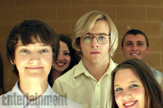 Ross Lynch em 'My Friend Dahmer'. Foto: Divulgação/Daniel Katz/Ibid Filmworks/Entertainment Weekly