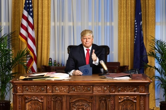 Anthony Atamanuik como Donald Trump no programa 'The President Show'. Foto: Gavin Bond/Comedy Central