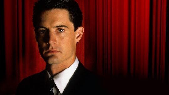 'Twin Peaks', novamente com David Lynch e Mark Frost, retorna à TV