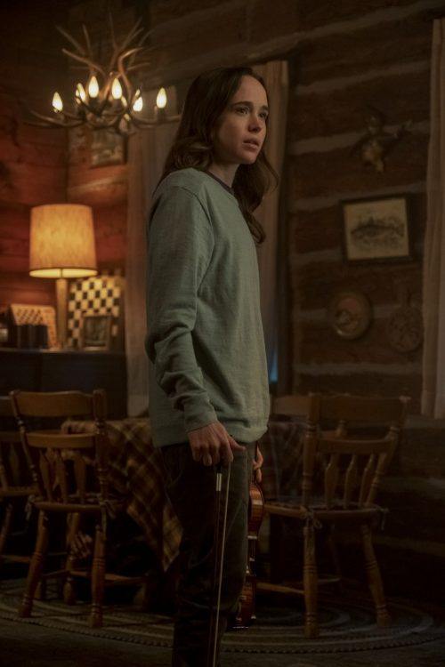 Vanya (Ellen Page), personagem série 'The Umbrella Academy' (foto Netflix)