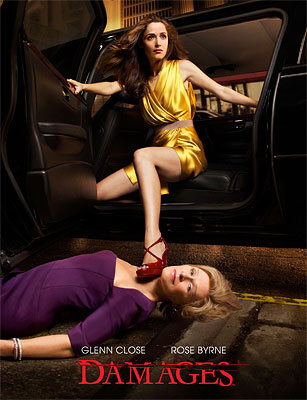 Rose Byrne (Ellen) e Glenn Close (Patty Hewes) no cartaz (matador!) da segunda temporada de Damages